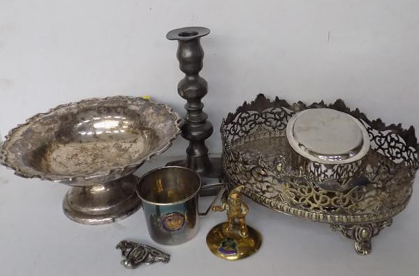 Various silverplate metal ware, Walker & Hall early candlesticks