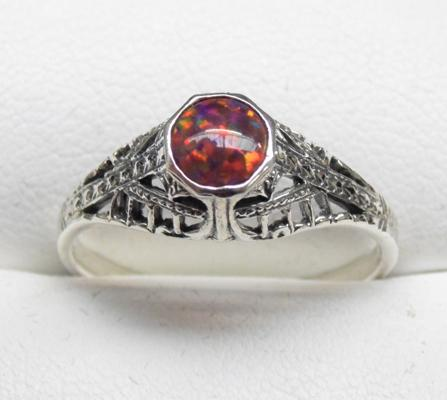 925 Silver vintage style opal ring size Q