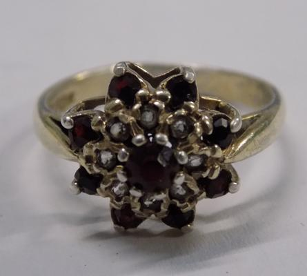 Vintage silver & garnet ring approx size N1/2