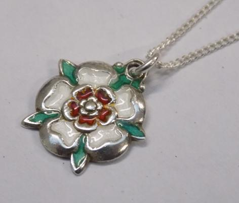 Sterling silver Yorkshire necklace