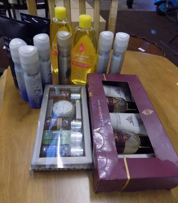 Two gift sets & other Health & Beauty products