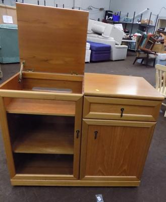 Glass & wood fronted entertainment storage unit