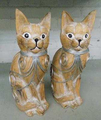 Two wooden decorative cats