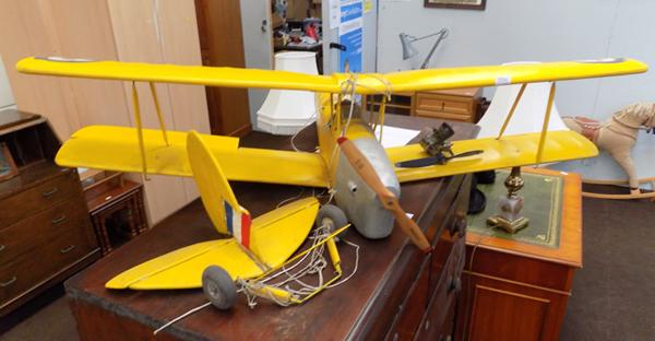 Large R/C plane, approx. 4ft wide with engine + extra propeller (requires assembly)