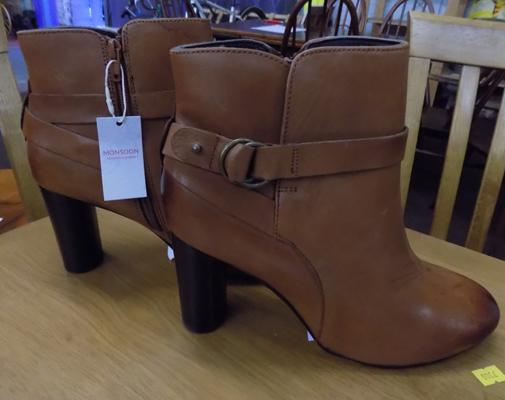 Brand new Monsoon tan boots (RRP £69)