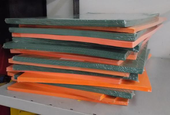 Large selection of new & sealed green & orange card 450x640