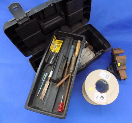 Toolbox & tools, vice & roll of 2.5mm T & E