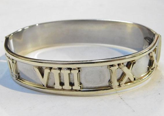 Solid 9ct gold ladies Roman Numeral bangle (24 grams)
