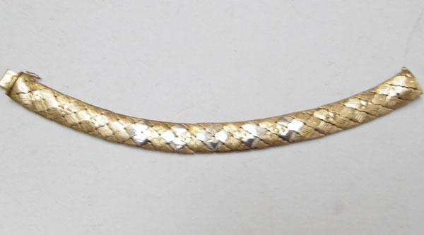 18ct Yellow & white gold , length 19cm