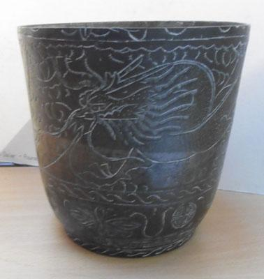 Bronze Chinese vase portraying qilin creature