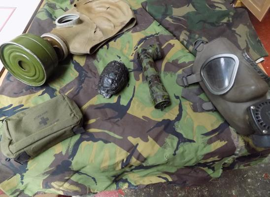 Gas mask, torch and medical pack - DPM Material