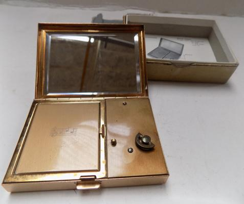 Vintage Swiss made music box/compact