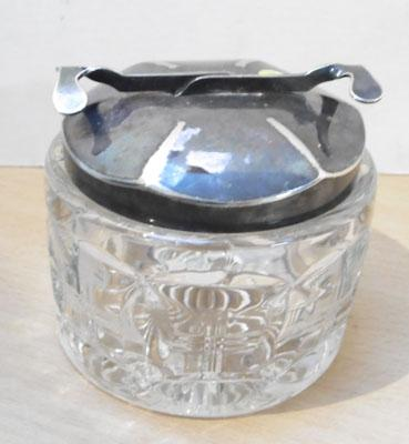 Unusual EPNS sugar bowl with automatic pickup