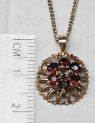 "9ct 16 1/2"" Rose Gold chain and 9ct Gold garnet cluster pendant"