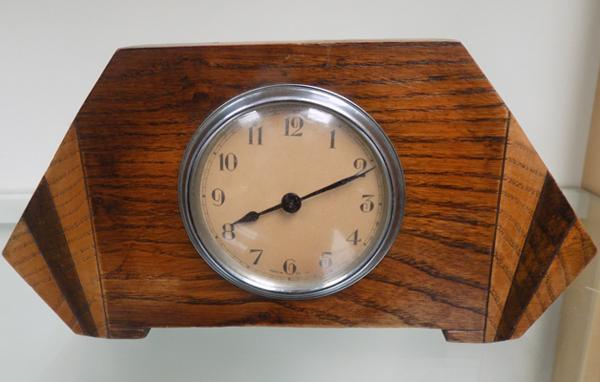 Art Deco mantle clock - made in England