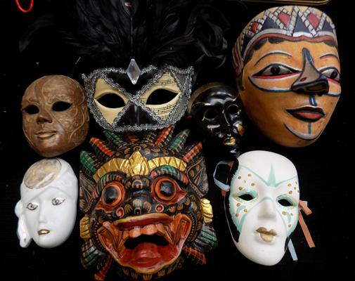 Selection of ceramic heads/masks