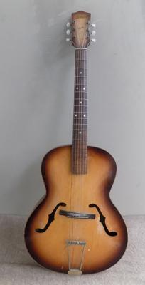 Antonia acoustic guitar (needs one string)