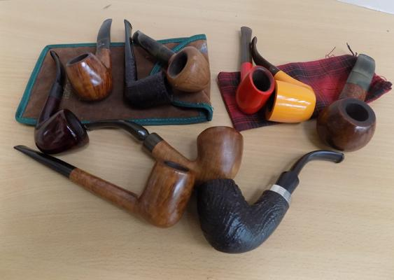 Set of 10 smoking pipes including; Peterson & Portland
