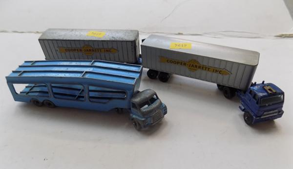 2 Lesney matchbox trucks