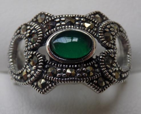 Silver Emerald and Marcasite ring