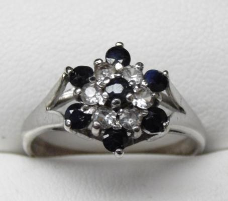 925 Silver Sapphire cluster ring - size P