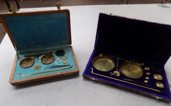 2 sets of cased vintage portable scales