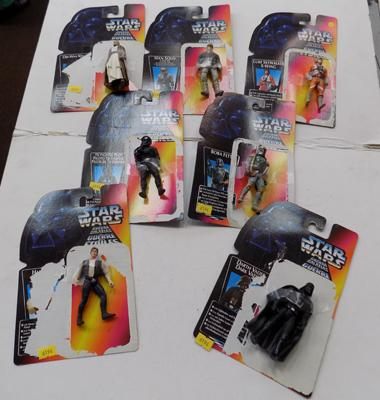 7 Star Wars figures on cards