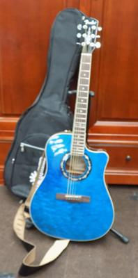 Fender semi-accoustic guitar with case, stand and box