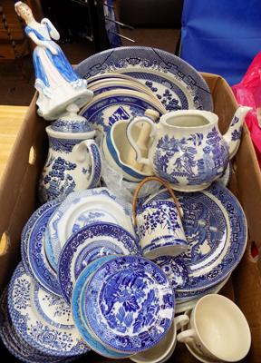 Large box of mixed blue and white pottery