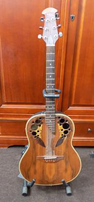Tanglewood bowl backed accoustic guitar and stand
