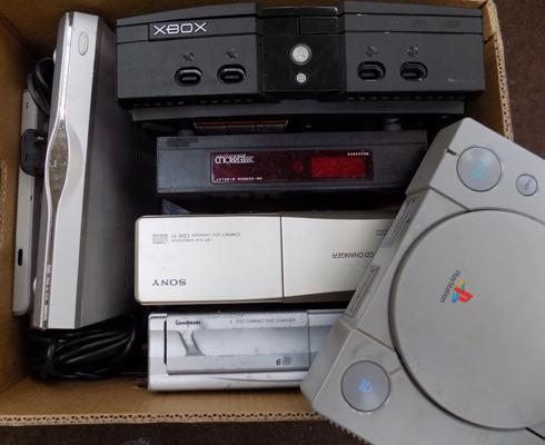 Box of electricals incl; x-box & playstation
