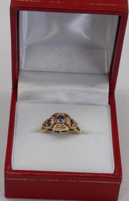9ct Maltese style ring with blue & clear stones size approx J1/2