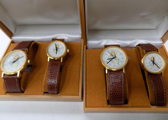 2 presentation His/Hers wrist watches