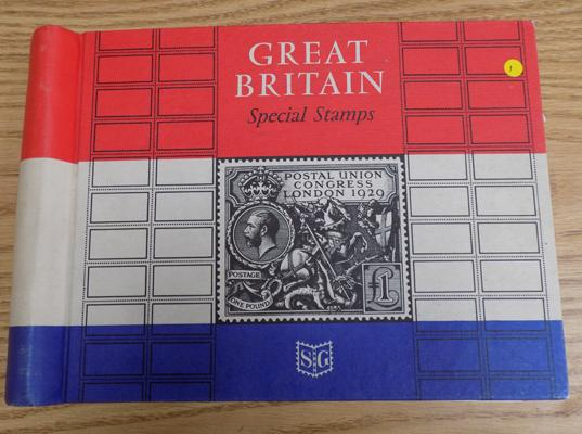 Great Britain special stamps album, well stocked from 1924
