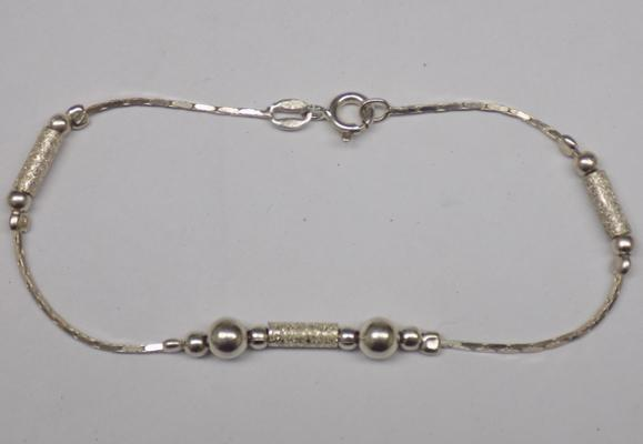 "Modernist silver bracelet, approx. 7.5"" long"