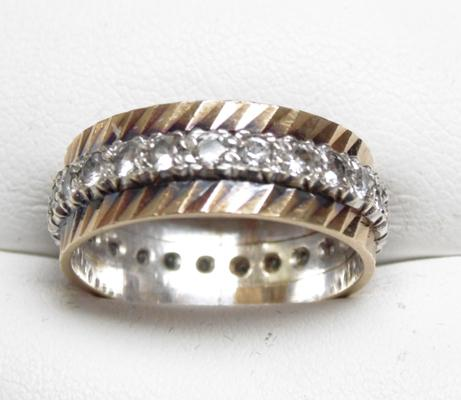 9ct yellow & white gold full eternity ring, size Q 1/2