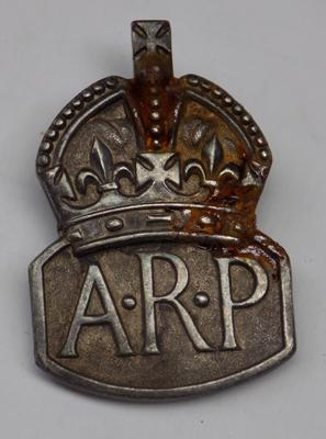 Solid silver ARP badge - London 1938