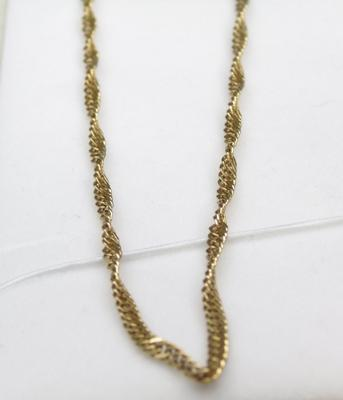 9ct gold, 23cm chain, with 'Prince of Wales' twist