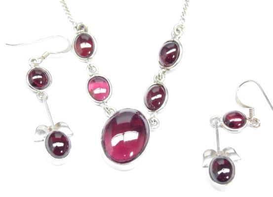 925 silver necklace with matching earrings, red garnet stones, chain 20""