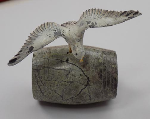 Cold painted seagul - approx 2""