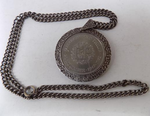 "1972 silver crown in silver pendant and 25"" chain"