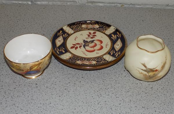 Small Royal Worcester pot, Aynsley pot & 1 other