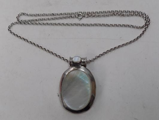 925 mother of pearl pendant (large) on silver belcher chain