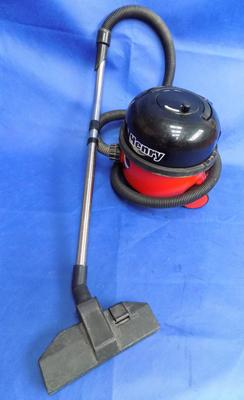 Henry Hoover vacuum cleaner in w/o