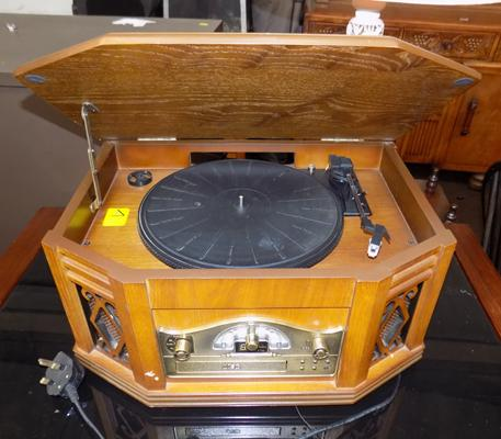 Retro style record player