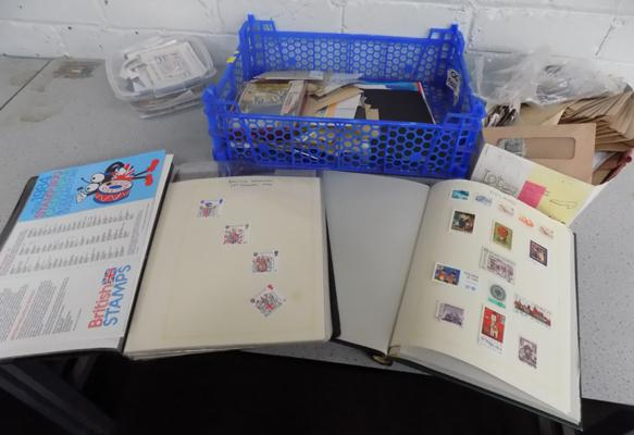 Large quantity of stamps & albums