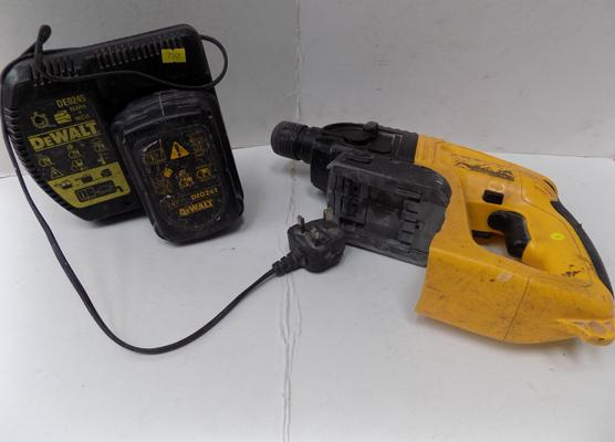 Dewalt battery drill-untested