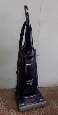 Panasonic Super Lightweight 2000w vacuum cleaner