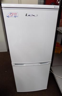 L E C fridge freezer - 3/4 quarter size