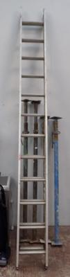 Pair of alluminium extending ladders, 12 rungs, 26ft.